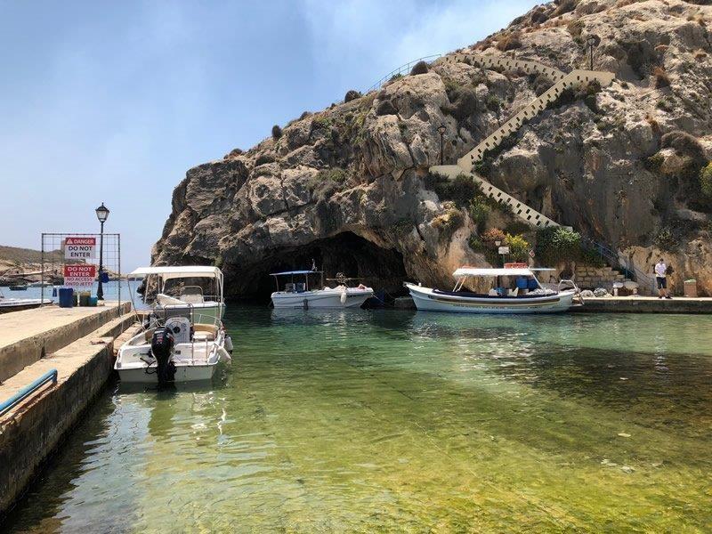 xlendi boat house