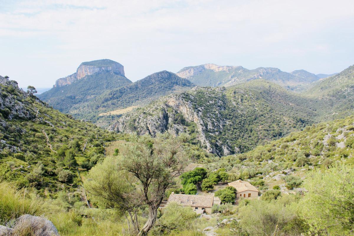 Nog een laatste blik op de berghut waar ik heb geslapen. Foto: Pauline van der Waal