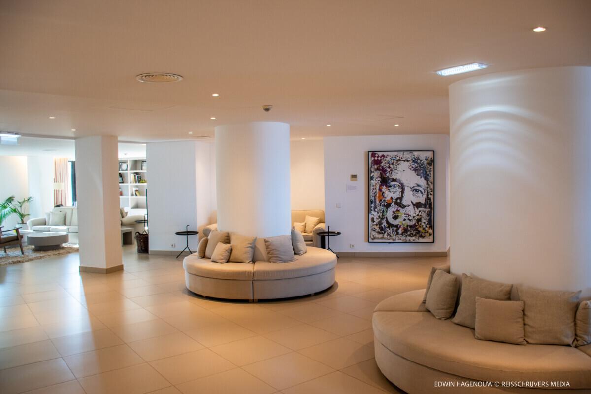 Hotel Memmo Baleeira in Sagres. Foto: Edwin Hagenouw