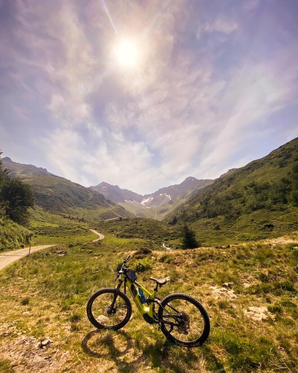 Mountainbiken naar de Sonnenkopf. Foto Maaike Somers