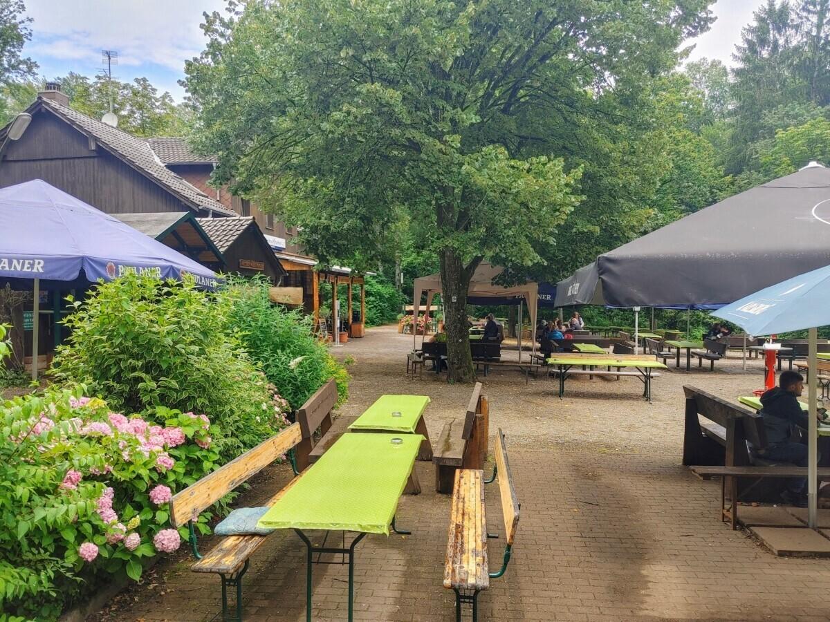 Saarland: terras van Naturfreundehaus Kirschheck