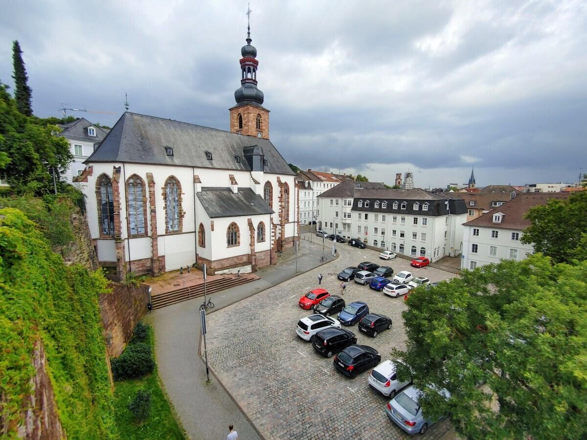 Kerk in het oude deel van Saarbrücken, Saarland