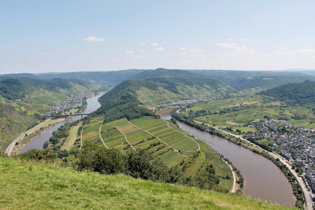 Het uitzicht vanaf het Gipfelkreuz